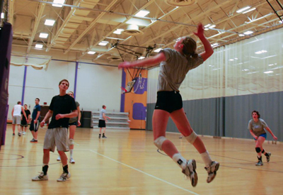 MSCR playing volleyball  image