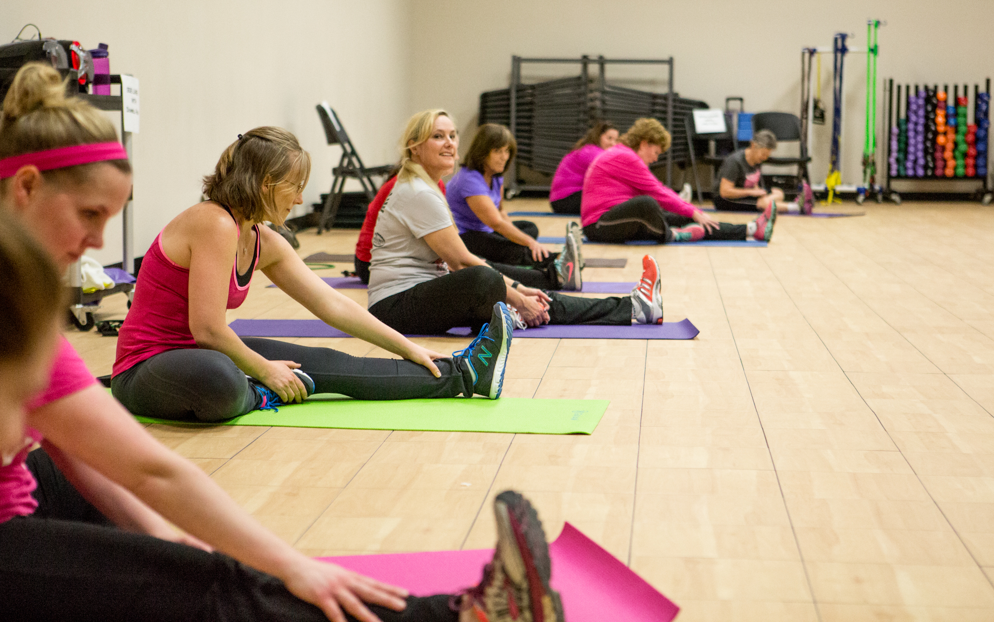 image of fitness class stretching